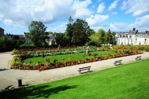 Le Mans ville verte avec parc et jardin